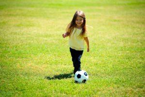 Bambina calcio identità di genere